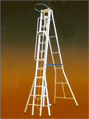 Aluminium Self Supporting Extn Ladder
